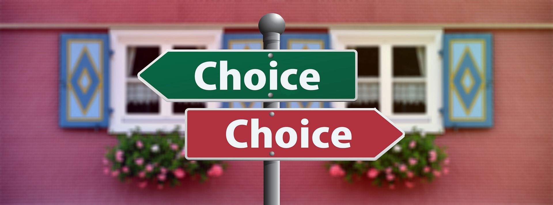Multiple-job-offers-two-arrows-pointing-opposite-directions-signifying-multiple-offers