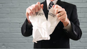common mistakes of an inexperienced resume writer